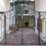 Custom entry gate with panels
